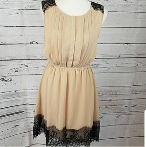 *NWT! Ya Los Angeles Med silk dress w/lace Trim